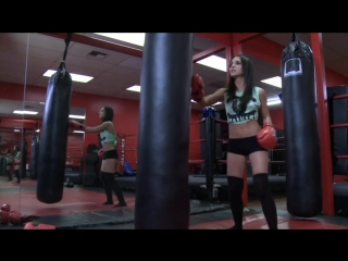 Boxing_Girls_Workout_Female_Boxer_Fitness_UFC_Training_Muscle_Power_Motivational_HD