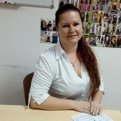 Нелли Дмитриева