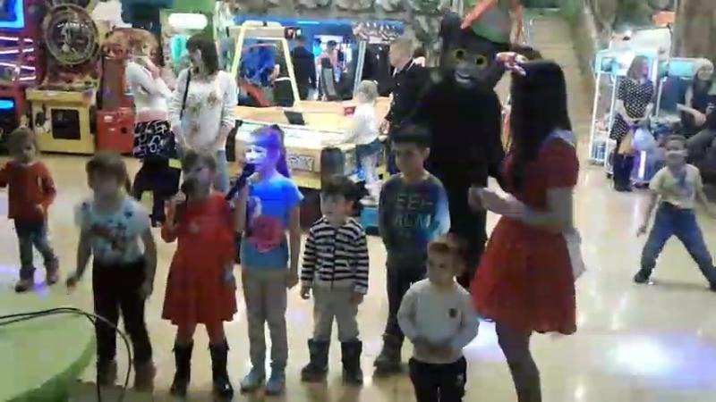 Караоке для детей в Динозаврии