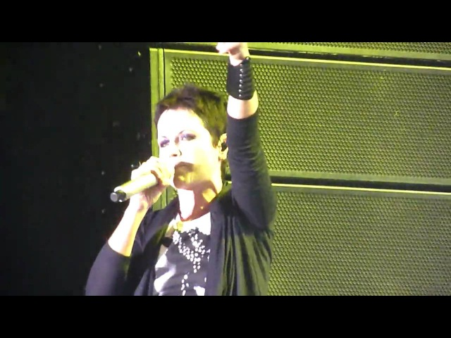 The cranberries - desperate andy - cork, ireland , 29.6.2010 ,Live At The Marquee