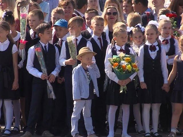Более 8,5 тысяч первоклассников перешагнули пороги школ Марий Эл