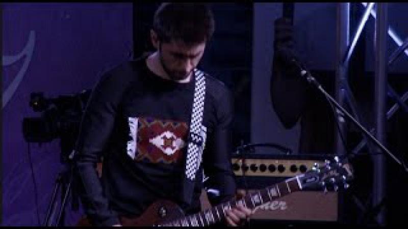 Garik Sona - Lusin es (live at Aznavour square) HD