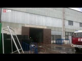 Горят склады на Косинской улице в Москве