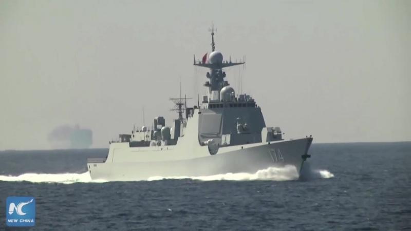 Китайский ракетный фрегат «Юньчэн», который принимает участие в учениях «Морское взаимодействие-2017» 21-28 июля