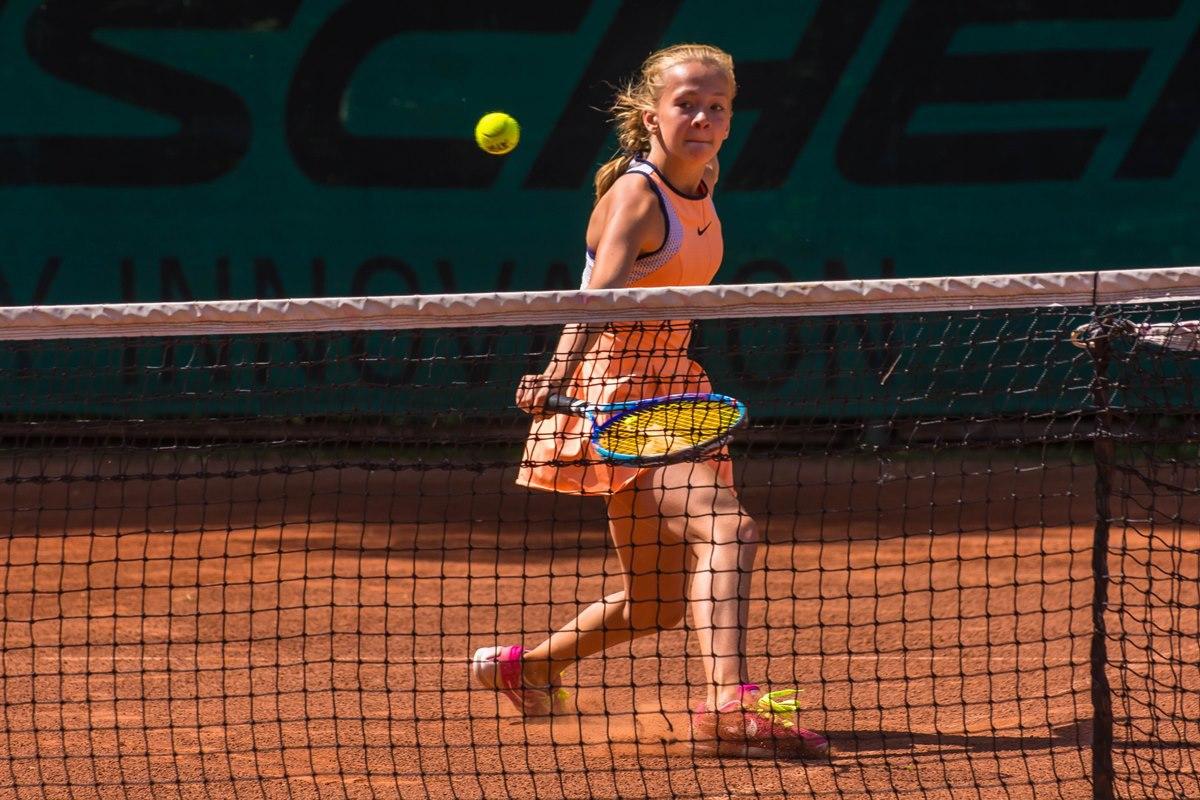 Соревнования юных теннисистов