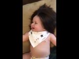 І цьому малюку лише 7 місяців!)