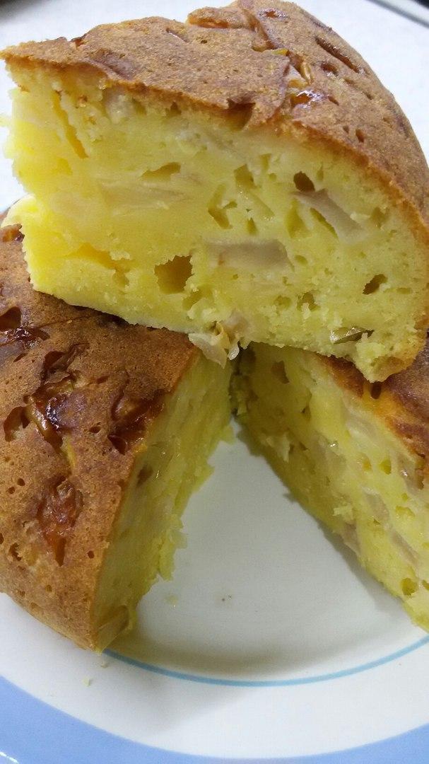 Творожно-яблочный кекс в мультиварке Redmond RMC-01