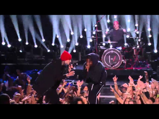 Twenty one pilots A$AP Rocky VMAs Performance 2015 [HD]