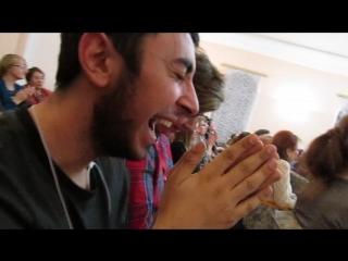 Реакция Давида на выступление оркестра народных инструментов . . .