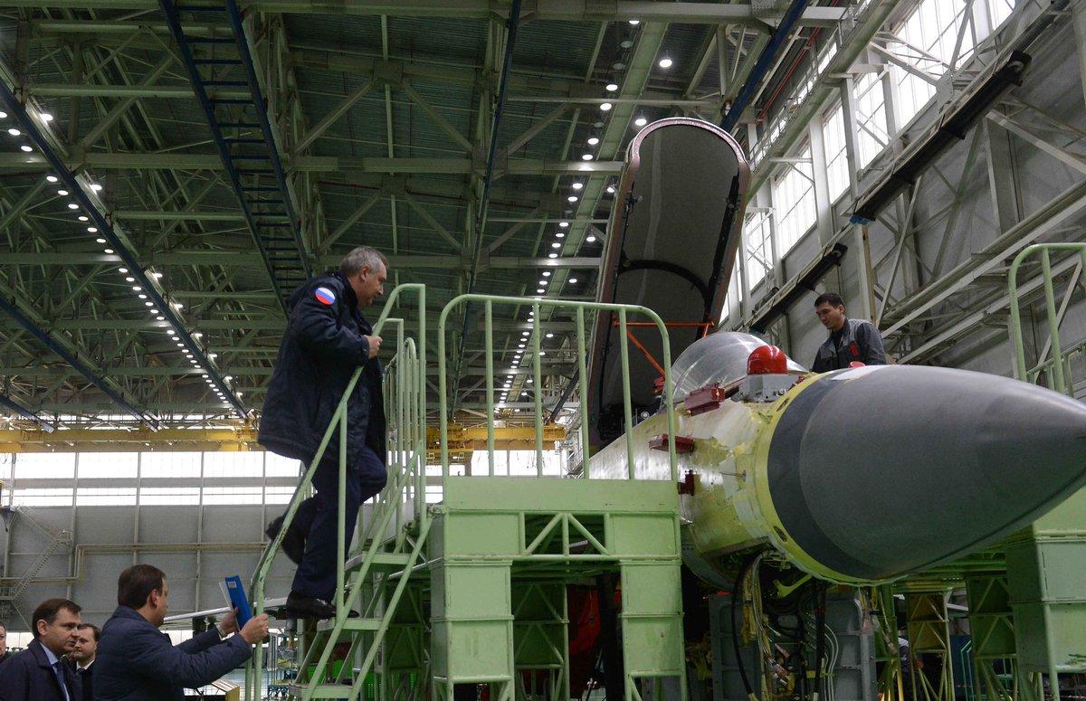 Orosz légi és kozmikus erők - Page 3 Vq7ROu2RSBE
