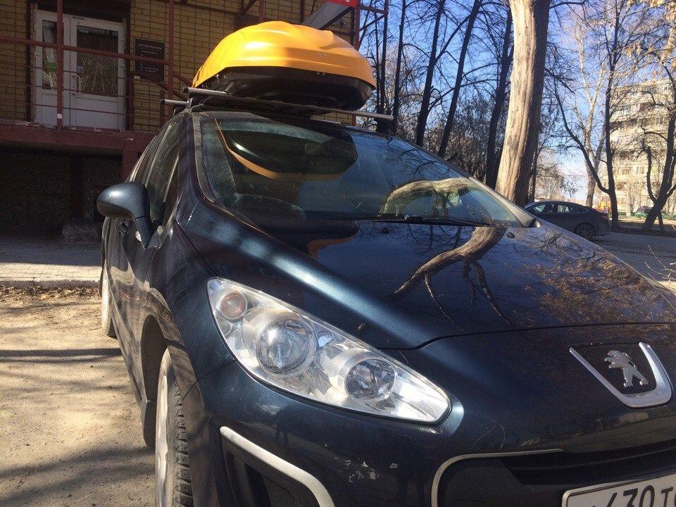 Автобоксы на крышу автомобиля