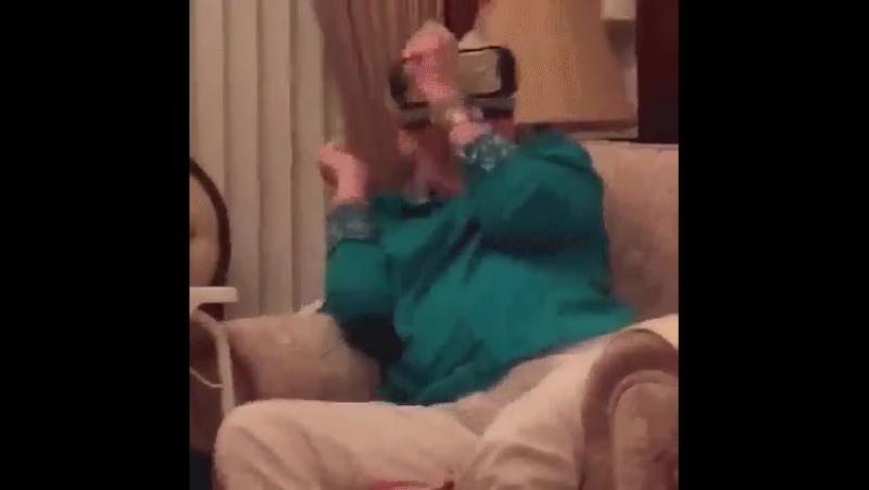 Внук дал очки виртуальной реальности смотреть онлайн без регистрации