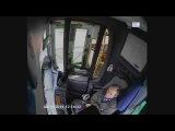 ДТП автобус  Москва 08 11 15  Водитель автобуса заснул за рулем