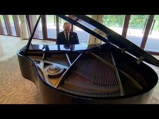 Владимир Путин играет заглавную тему «Ла-Ла Ленда» / Putin La La Land