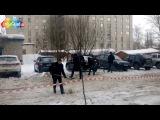 Приколы нашего городка на 23 февраля архангельская братва вышла на уборку снега