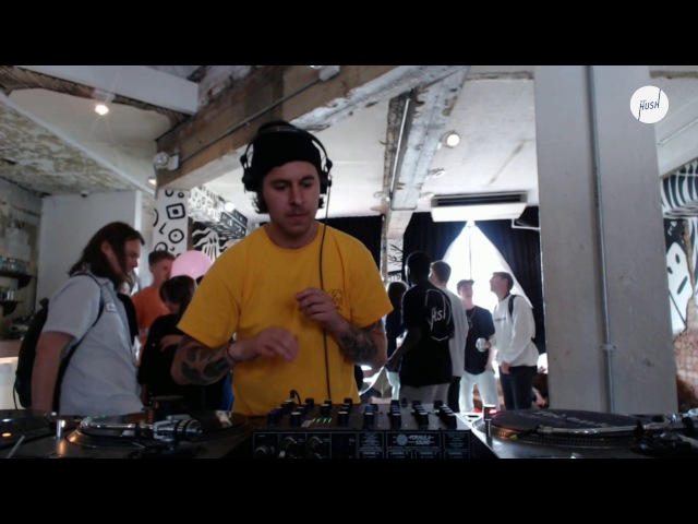 DJ Boring DJ set 2017 Keep Hush live: DJ Boring presents