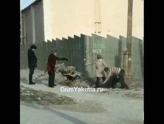 Догнал и избил безбилетника