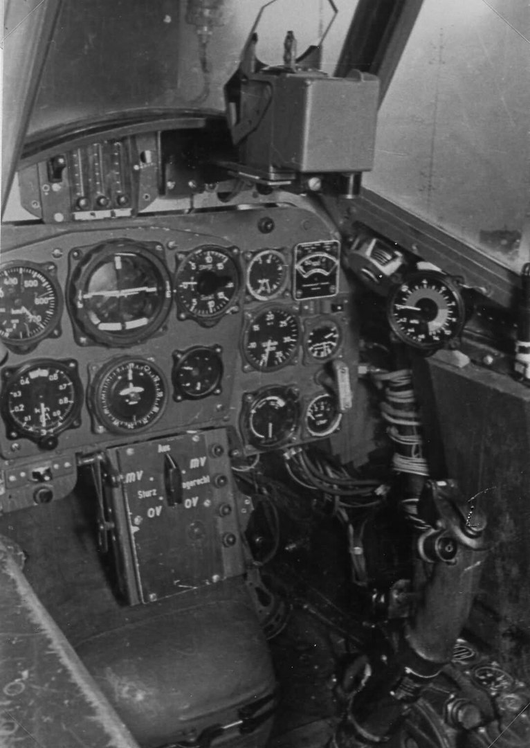 Приборная панель кабины Messerschmitt Bf109
