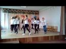 Танец девочек на 8 марта 4-Б 2017