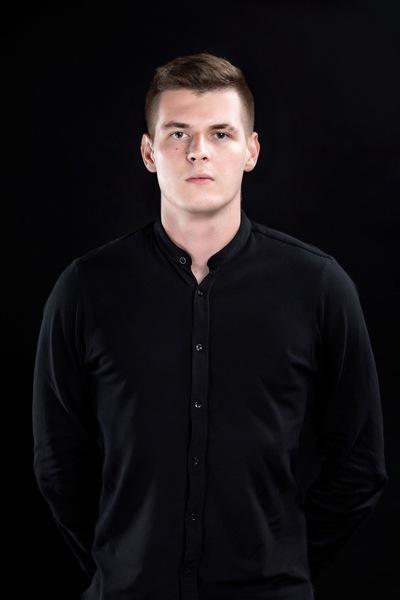 Дмитрий Бутузов