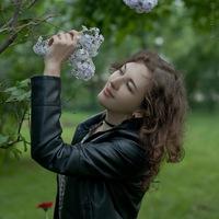 Анна Бобровская
