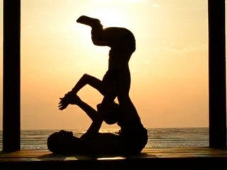 The Most Romantic Partner Yoga Video Youve Probably Ever Seen - Love Caught on