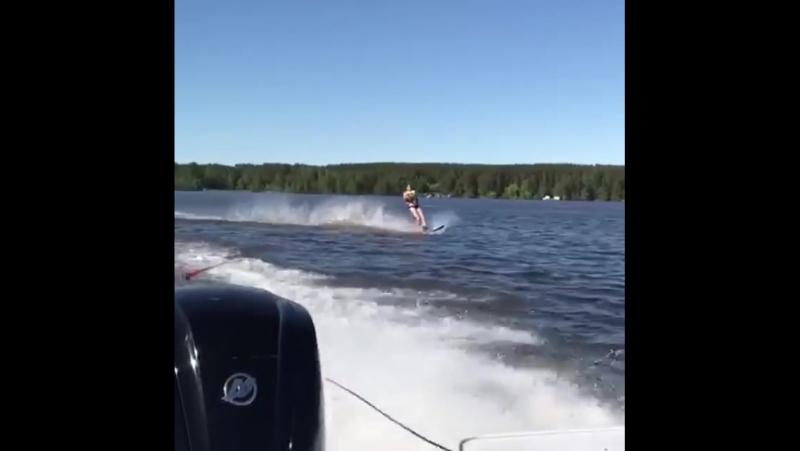 Видео с прошедших выходных wakepropro wakeboard wakesurf wakestation wakesurfing aquabiking aquabike flyboard вейксерф » Freewka.com - Смотреть онлайн в хорощем качестве