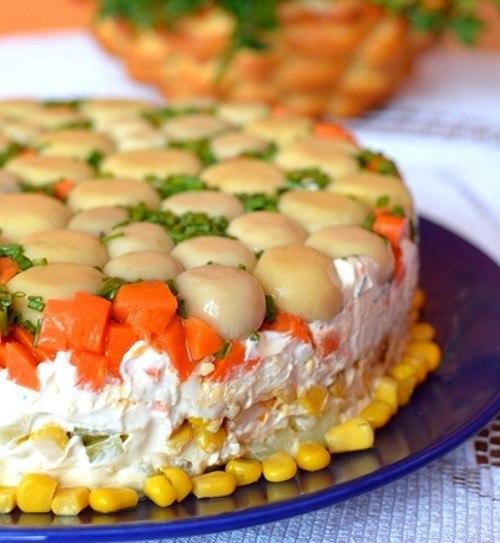 Торт-салат с курицей и грибами. Отличный