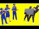 Щенячий Патруль машинки дисней! Полиция перестрелку с воровством TV киндер сюрпр...