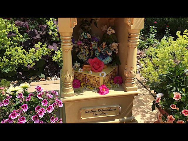 Божества Шрилы Шиварама Свами Махараджа