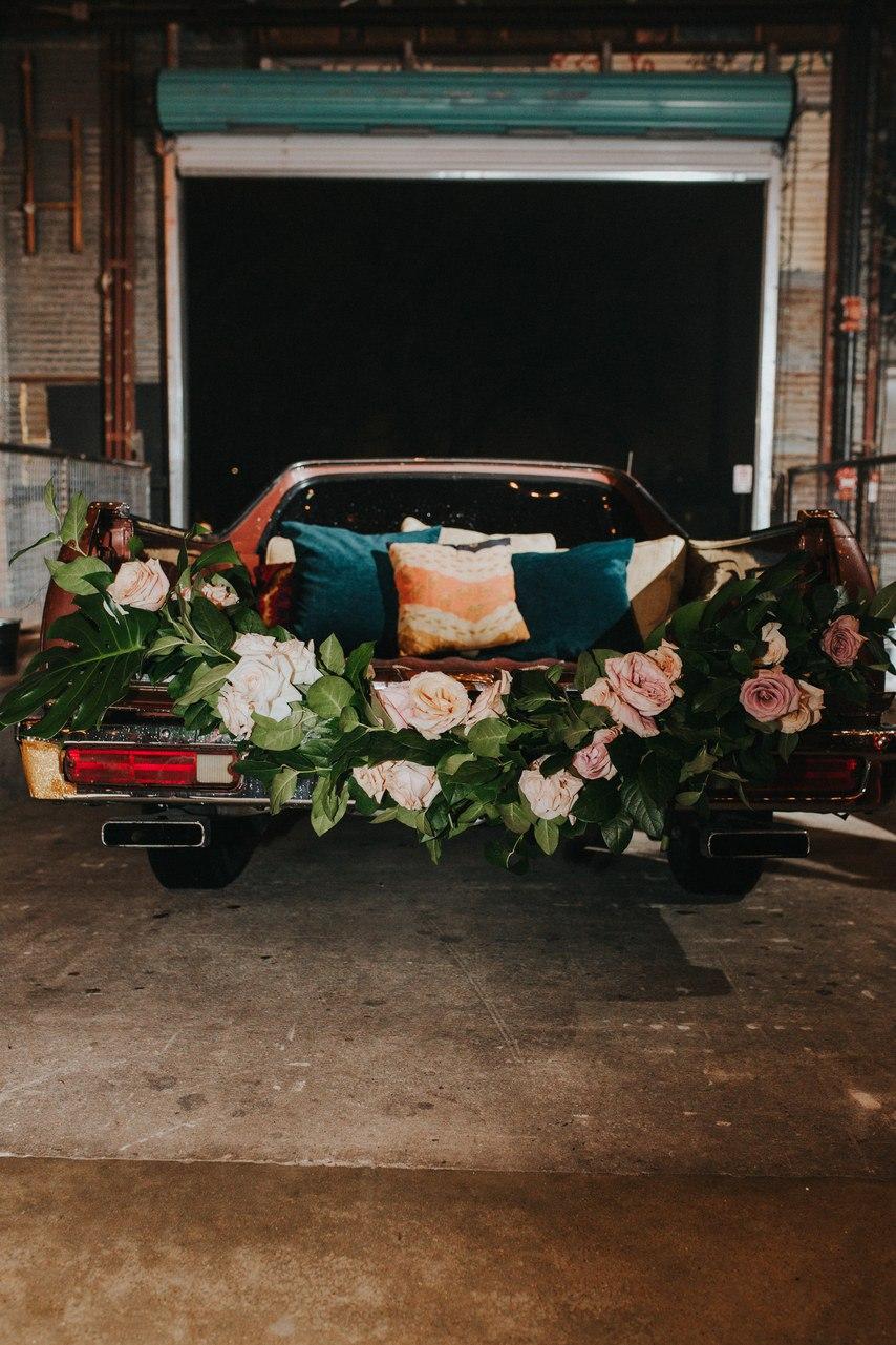 Когда подготовкой к свадьбе занимаются лучшие. Ведущий на свадьбу в Волгограде, организатор свадеб Волгограда, тамада на юбилей Волгограда. Павел Июльский: +7(937)-727-25-75 и +7(937)-555-20-20