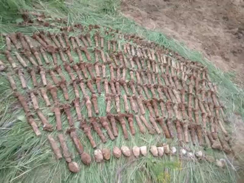 В г. Иваново сотрудники Росгвардии обезвредили неразорвавшиеся боеприпасы времен ВОВВидеоРосгвардия