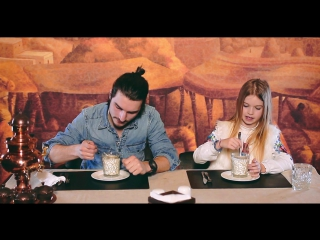Ukrainians try Azerbaijani food for the FIRST TIME[1]