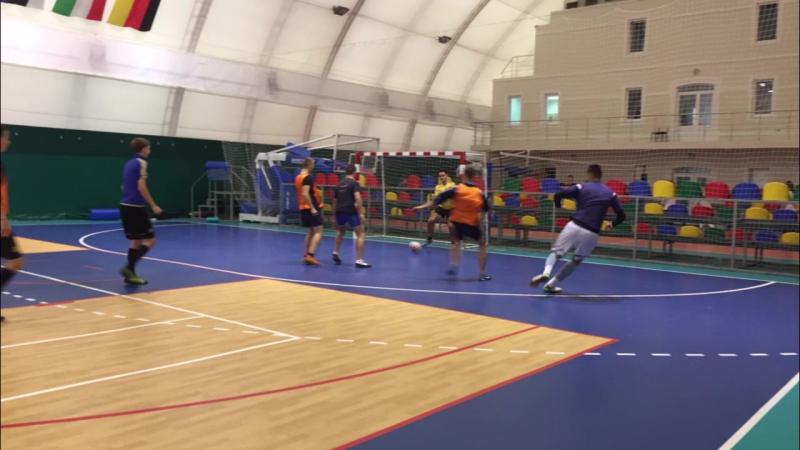 Турнір з футболу між 2 та 3 курсом факультету Цивільної та господарької юстиції.