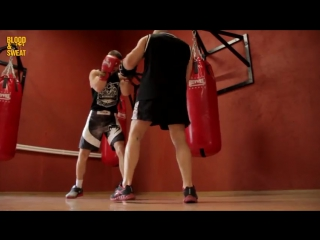 Бокс. Защитные действия после атаки. Boxing. How to defense after attacking.