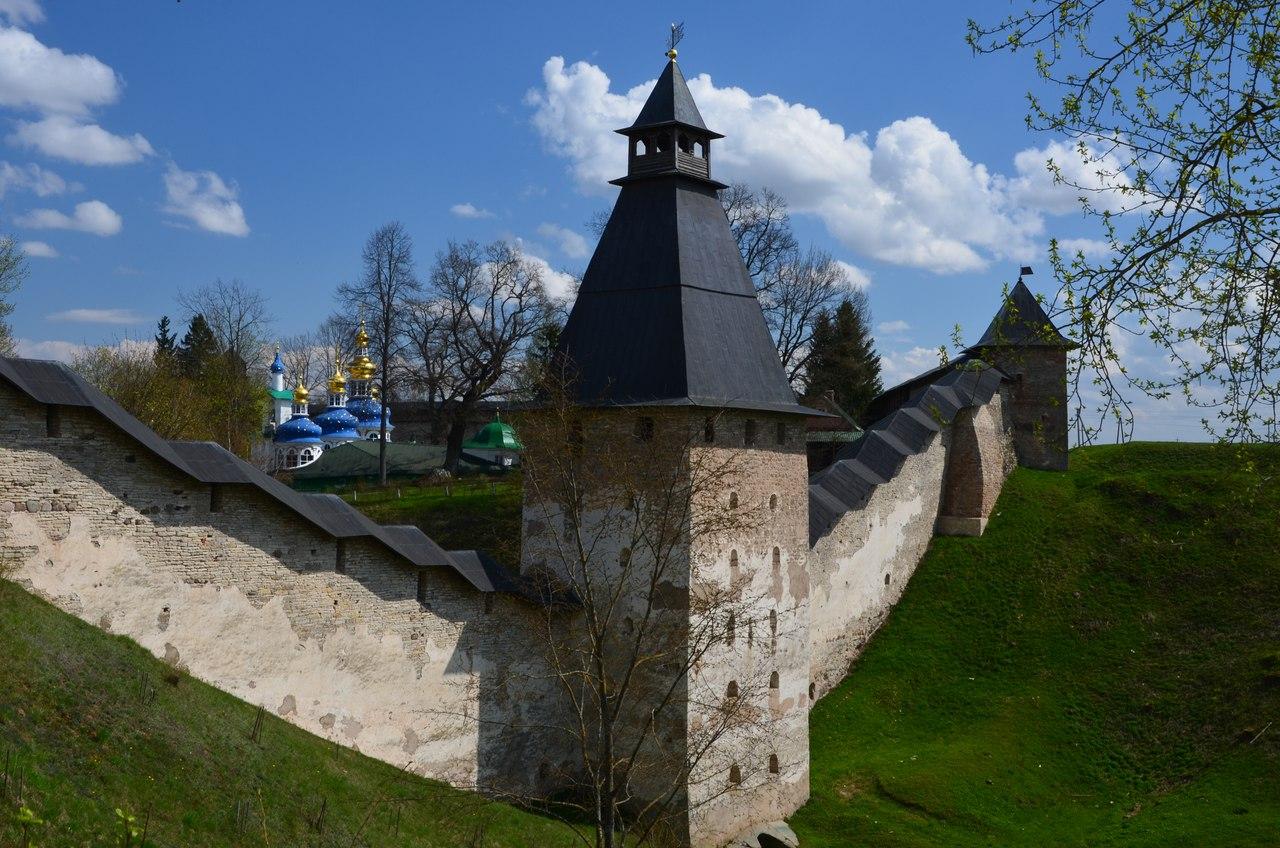 jXgPSHftZ5s Печоры и Псково-Печерский монастырь.