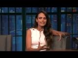 Jordana Brewster au Late Night de Seth Meyers le 20 octobre 2016