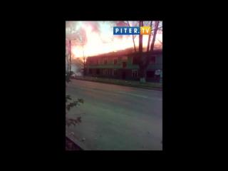 Очевидец снял большой пожар в Волхове