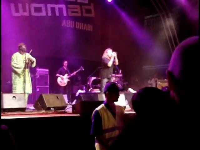 Robert Plant sings Sidi El Mansour