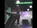 Балерина на беговой дорожке