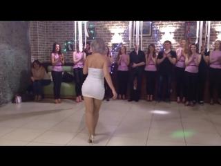 Шикарная супер танец попой (720p)