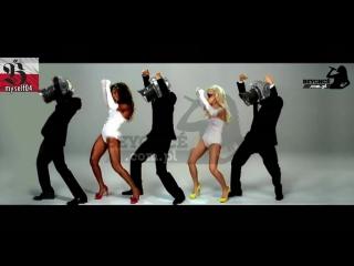 Beyoncé & Lady Gaga - Video Phone (Director's Cut)