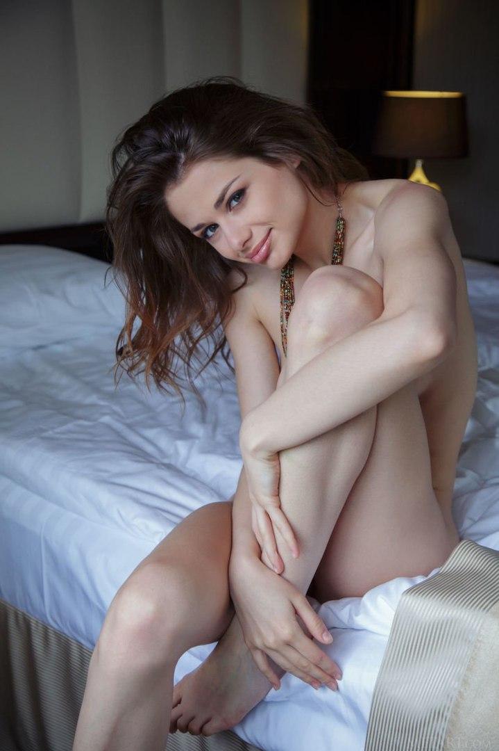 Nude sex pose