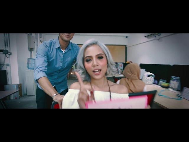 Aisyah Aziz - Tanda Tanya [Official Lyric Video]