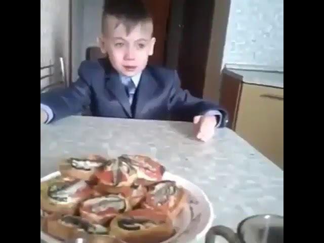Дагестанский школьник стал звездой Интернета