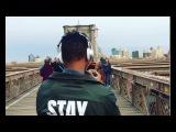 Street art on the bridge! Rap + Classic! New York between Brooklyn and Manhattan!