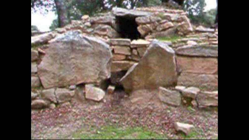 Tomba di giganti Sa Carcaredda