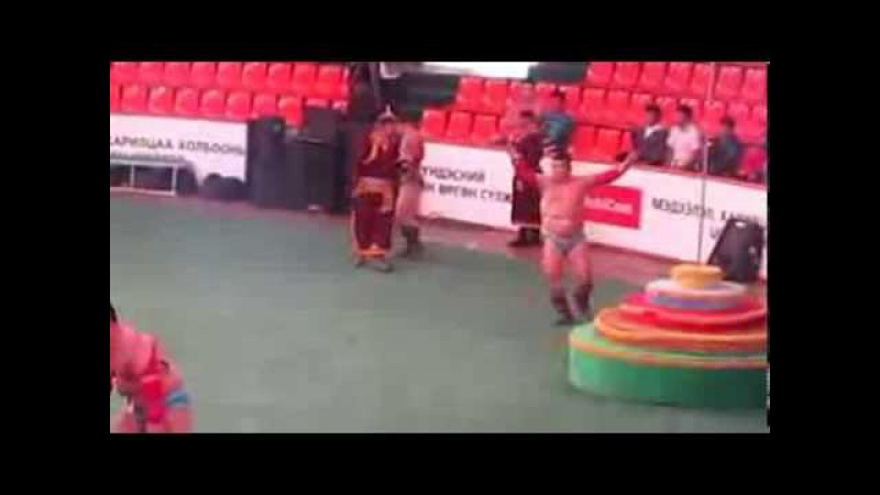 Монгольский танец борцов Mongolian Wrestling