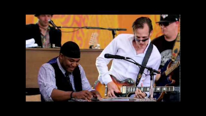 Crossroads 2010 .--4 tema Goink Down--Pino Daniele--Joe Bonamassa