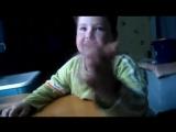 Мальчик учит стих ! Будьте осторожны! не описайтесь!.mp4